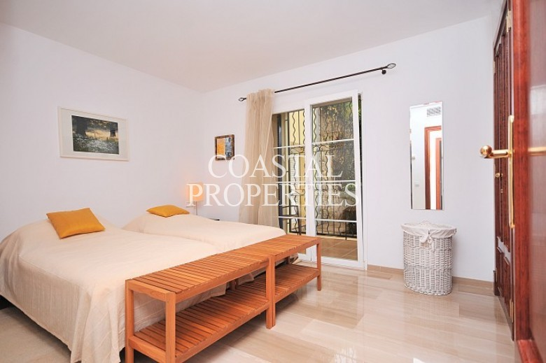 Property for Sale in Sa Vinya, Luxury Garden Apartment For Sale In Bendinat, Mallorca, Spain