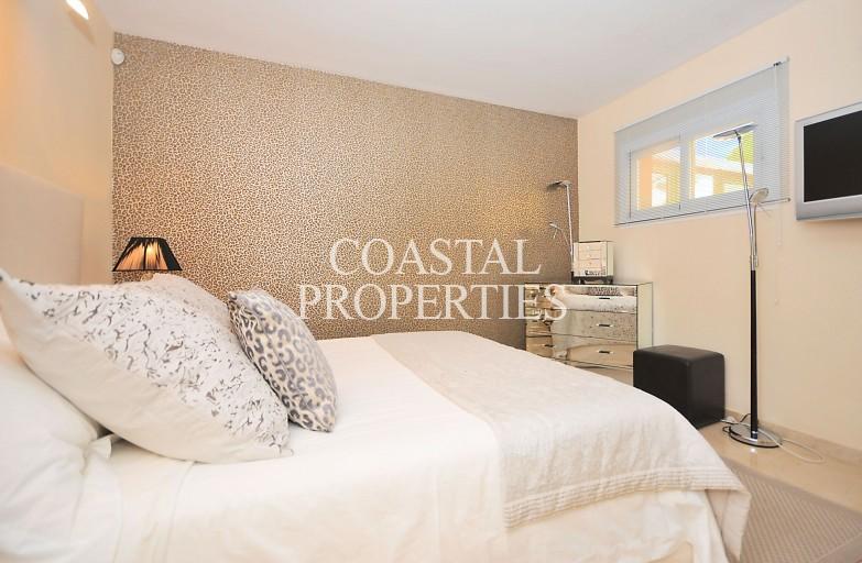 Property for Sale in Puerto Portals, Modern Apartment For Sale In Fashionable Marina Puerto Portals, Mallorca, Spain