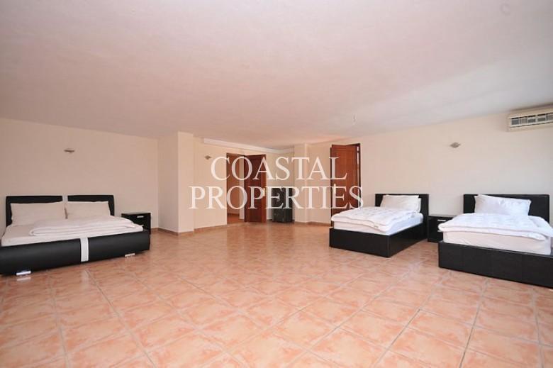Property to Rent in Casa San Eduardo :  Prices From 2500 Euros Per Week Costa D'en Blanes, Spain
