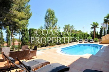 Property to Rent in Villa  Prices From 3300 Euros Per Week Costa D'en Blanes, Spain