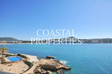 Property for Sale in Santa Ponsa, First Line Sea View Apartment For Sale With Sea Access And Pool  Santa Ponsa, Mallorca, Spain