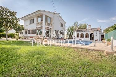 Property for Sale in Son Sardina, beautiful Villa With Own Swimming Pool Son Sardina, Mallorca, Spain