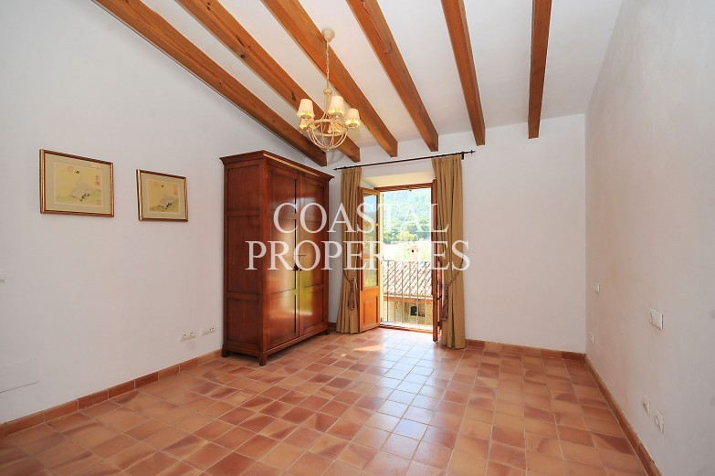 Property for Sale in Selva, Country House With Guest House For Sale In  Selva, Mallorca, Spain