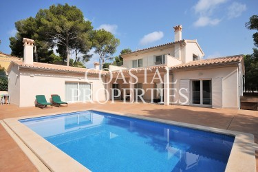 Property for Sale in El Toro, Luxury Modern 4 Bedroom Villa With Swimming Pool For Sale In  El Toro, Mallorca, Spain