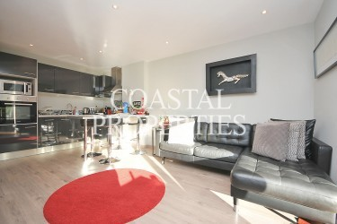Property for Sale in Puerto Portals, Modern Apartment For Sale With Direct Access To Garden & Pool  Puerto Portals, Mallorca, Spain