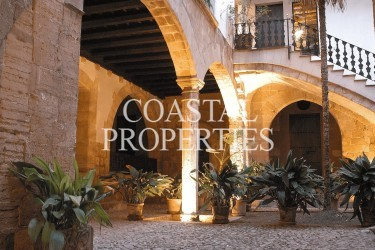 Property for Sale in Palma, Charming Property For Sale Preserved Medieval Building In Palma's Historic  Old City,  Palma Old Town, Mallorca, Spain