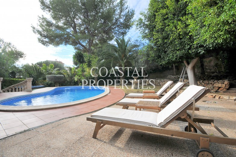 Property for Sale in Palmanova, Magnificent Villa For Sale With Separate Apartment And Close To The Beach   Palmanova, Mallorca, Spain