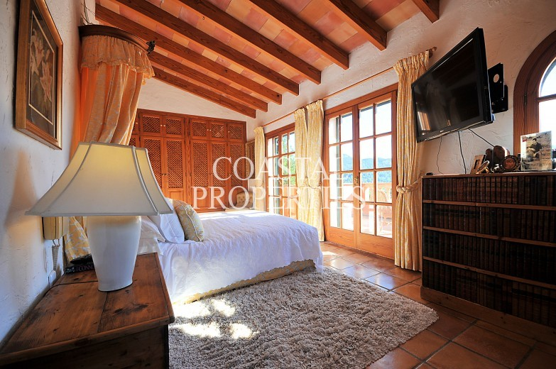 Property for Sale in Capdella, 4 Bedroom Country Home With Own Swimming Pool For Sale Capdella, Mallorca, Spain