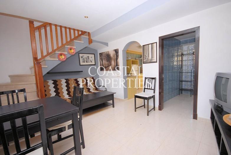 Property for Sale in Palmanova, Cozy Little Townhouse With Plenty Of Terrace Area For Sale  Palmanova, Mallorca, Spain