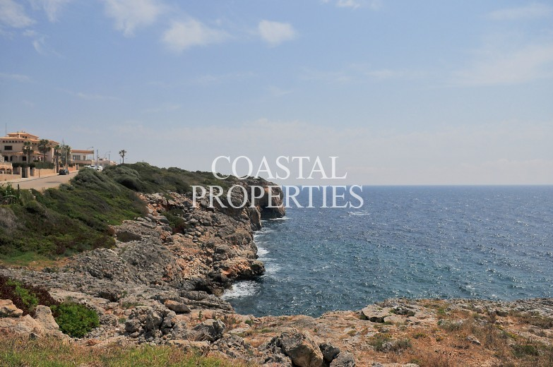Property for Sale in Porto Cristo, 4 Bedroom Detached House For Sale Close To The Sea Porto Cristo, Mallorca, Spain