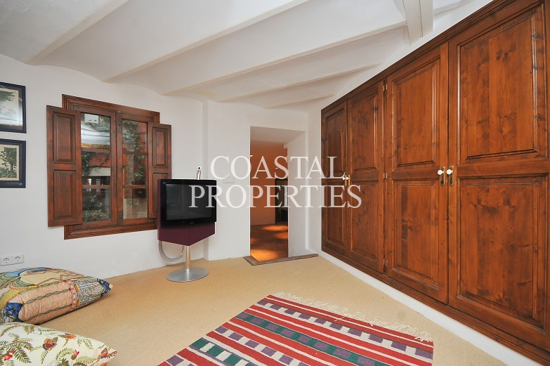 Property for Sale in Palma Old Town, Unique Historic Palace With Magnificent Inner Courtyard Palma Old Town, Mallorca, Spain