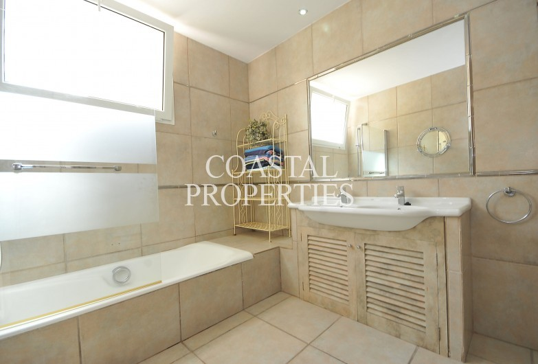 Property for Sale in Torrenova, 5 bedroom detached house with swimming pool for sale Torrenova, Mallorca, Spain