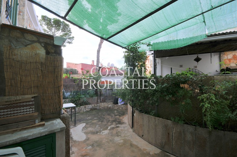 Property for Sale in Palmanova, Cozy little town house for sale in great location  Palmanova, Mallorca, Spain