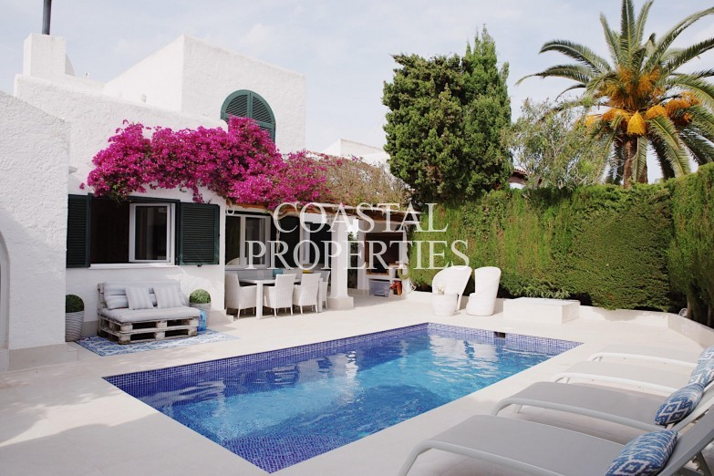 Property for Sale in Sol De Mallorca, Lovely 4 bedroom villa for sale in exclusive location  Sol De Mallorca, Mallorca, Spain