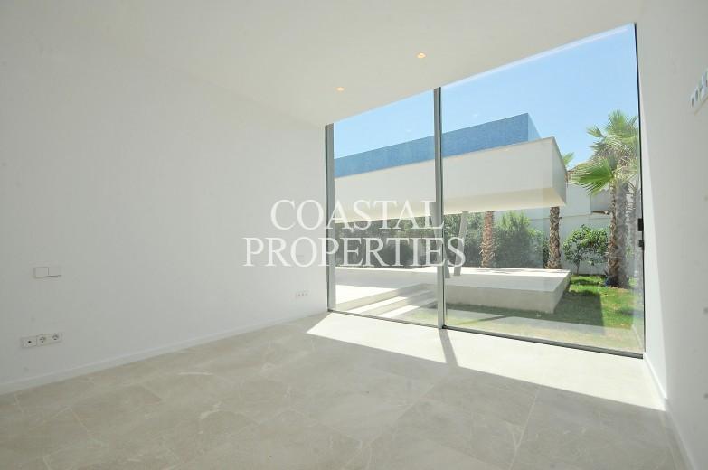 Property for Sale in Sol De Mallorca, New ultra modern sea view villa with unique swimming pool for sale  Sol De Mallorca, Mallorca, Spain