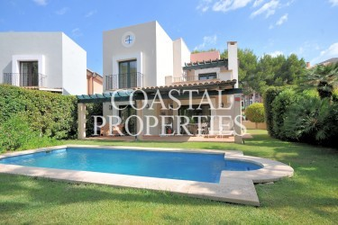 Property for Sale in Santa Ponsa Nova, Pristine 3 bedroom, 3 bathroom golf villa for sale Santa Ponsa, Mallorca, Spain