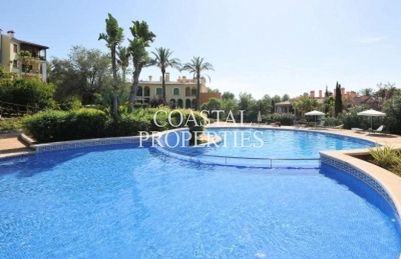 Property for Sale in Sa Vinya, Sea view 2 bedroom apartment for sale Bendinat, Mallorca, Spain
