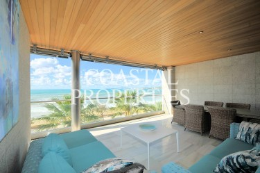 Property for Sale in Near Palma, Luxury 3/4 bedroom beachfront apartment for sale   Palma, Mallorca, Spain