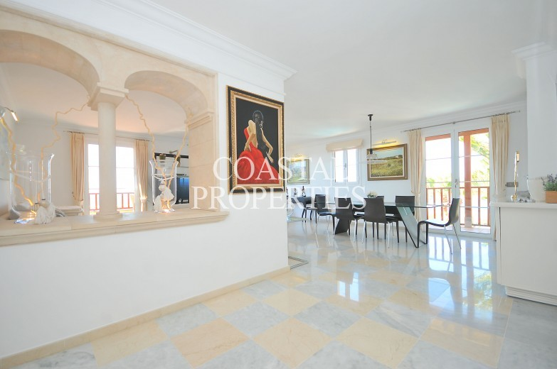 Property for Sale in Amazing sea view penthouse with large impressive roof terrace for sale Puerto Portals, Mallorca, Spain
