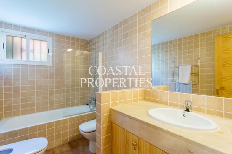 Property for Sale in 3 bedroom garden apartment for sale in Flor del Golf Santa Ponsa, Mallorca, Spain