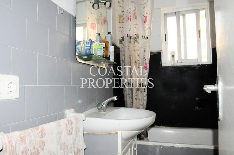 Property for Sale in 2 bedroom, 1 bathroom apartment for sale Magalluf, Spain