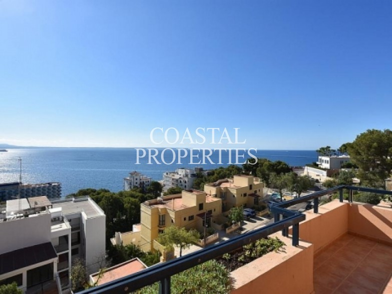 Property for Sale in Sea view 2 bedroom sea view apartment for sale Illetas, Mallorca, Spain