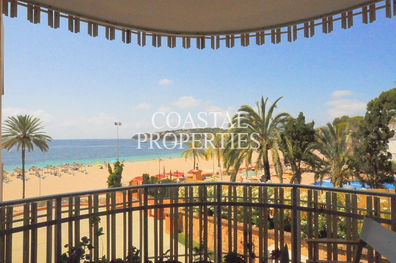 Property for Sale in Perfect holiday apartment directly on the beach.   Magalluf, Mallorca, Spain
