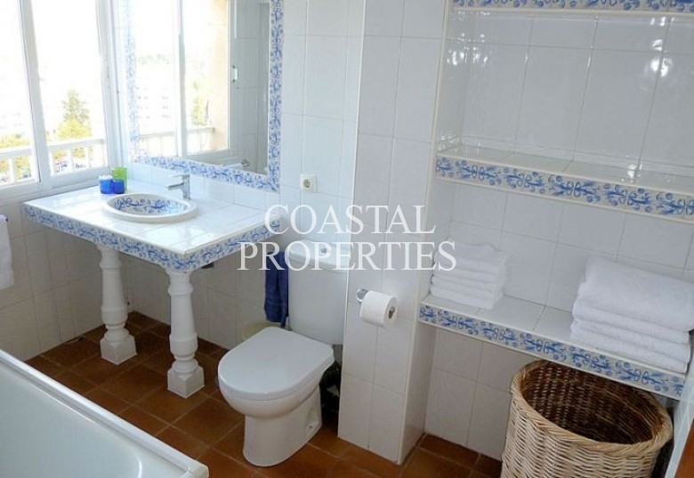 Property to Rent in Sea view apartment for rent in Magalluf, Mallorca Magalluf, Spain