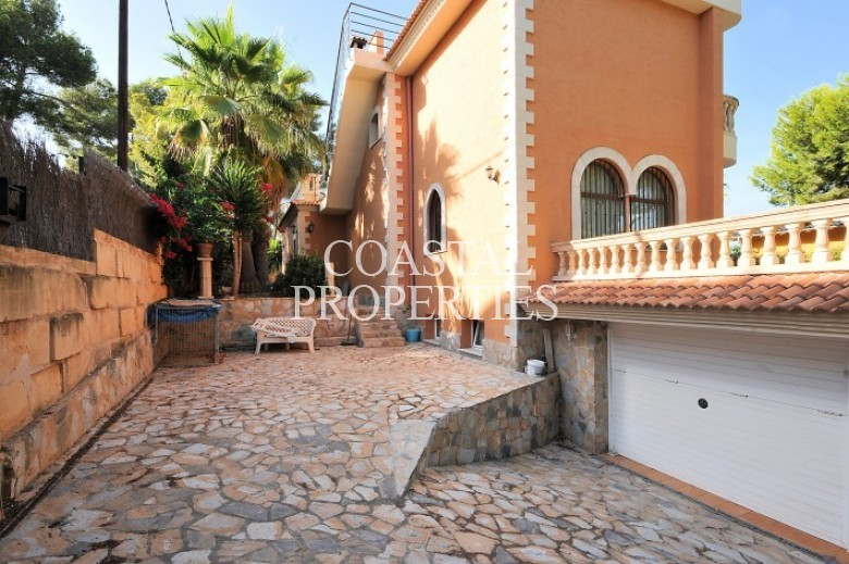 Property for Sale in Torrenova, Villa With Separate Guest Apartment For Sale In Torrenova, Mallorca, Spain