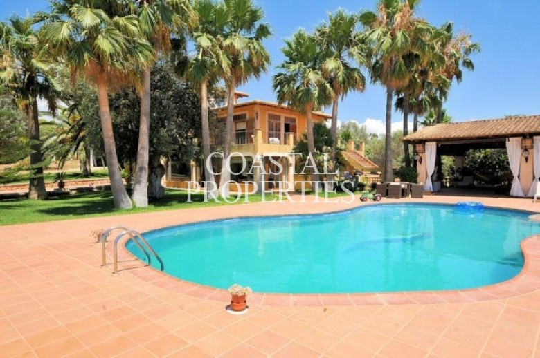 Property for Sale in Son Ferriol, Lovely Country House For Sale  Son Ferriol, Mallorca, Spain