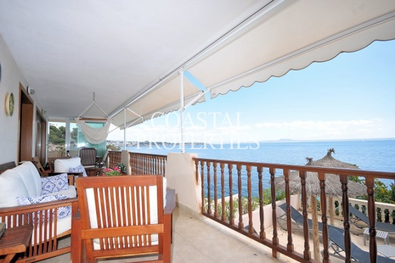 Property for Sale in Illetas, First Line Sea View Apartment For Sale  Illetas, Mallorca, Spain