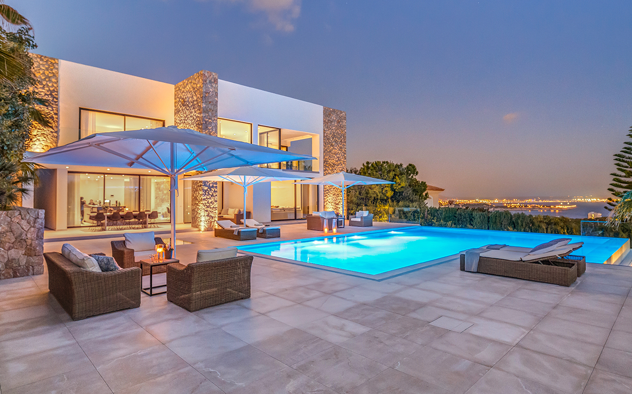 villa for sale on the exclusive Anchorage Hill in Bendinat